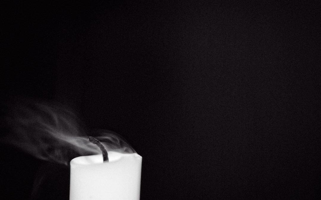 A (la luz de) dos velas